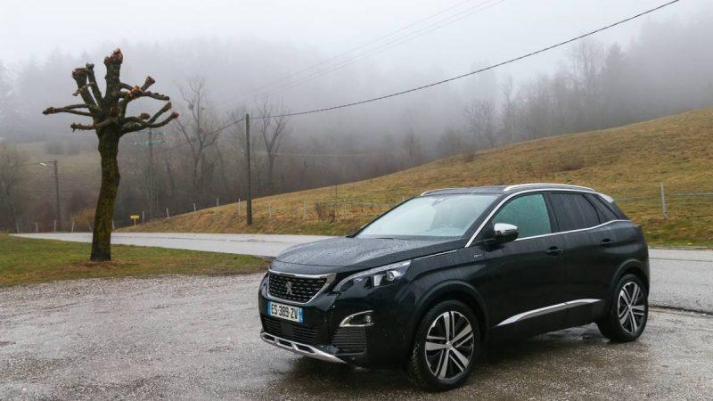 Automobile : essai de la Peugeot 3008 GT HYBRID4 300 E-EAT8