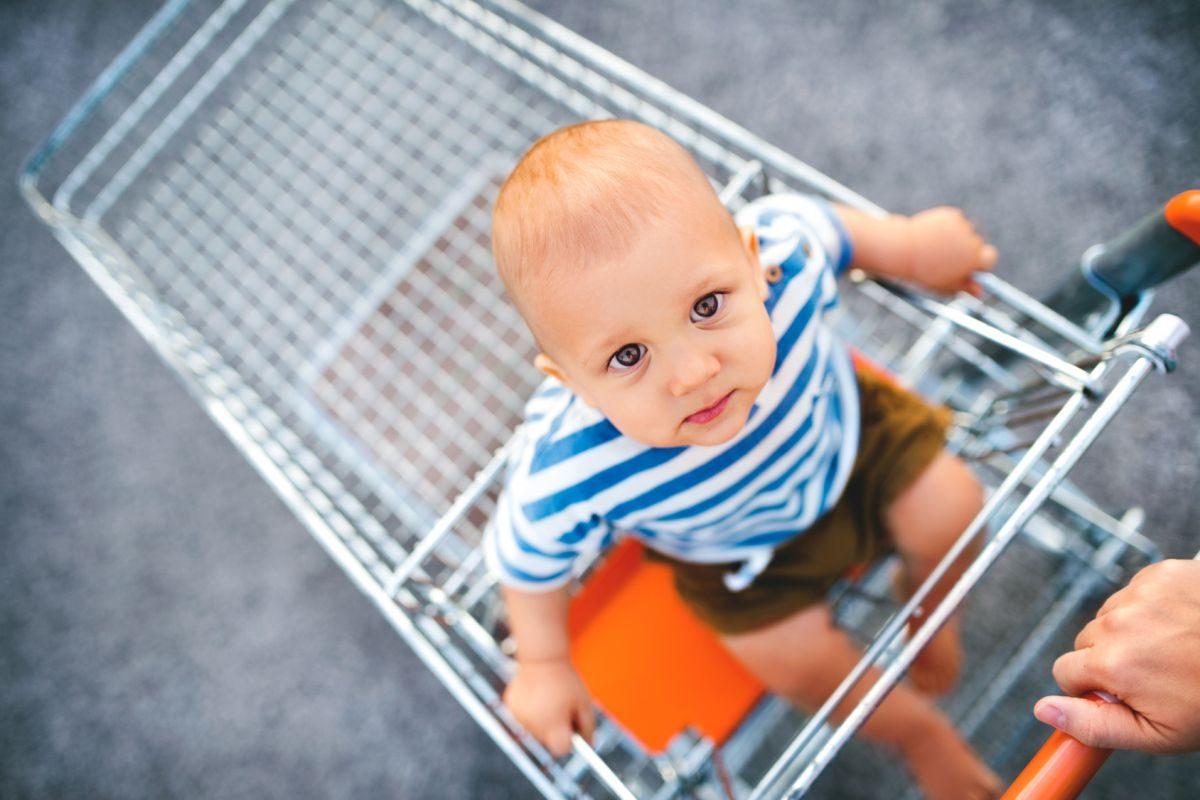 Bébé : quel budget prévoir par mois ?