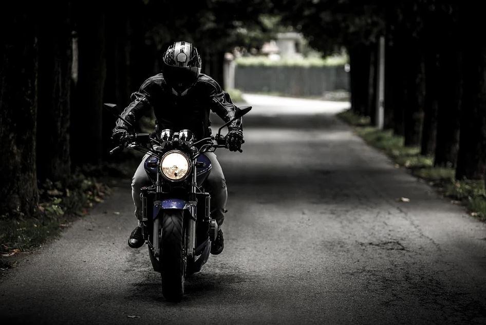 Les casques moto connectés : l'essentiel à connaitre