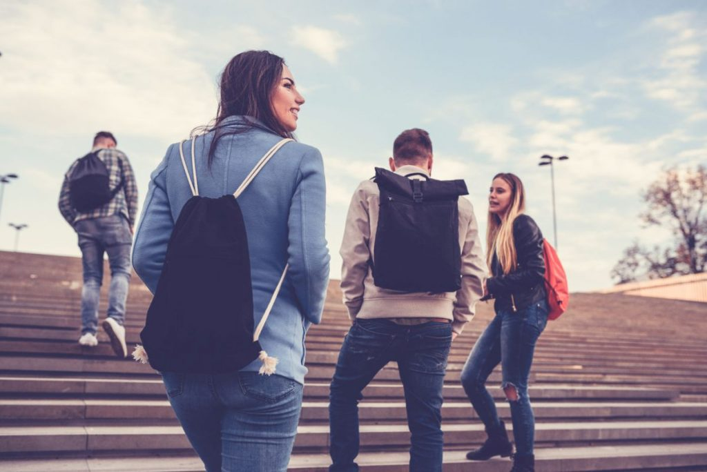étudiants à l'étranger