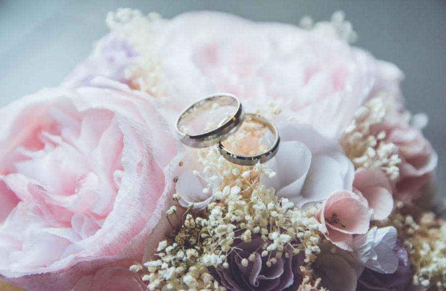 Tampon personnalisé de mariage : comment choisir ?