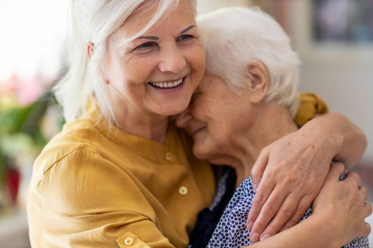 Les avantages de la téléassistance pour senior